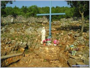 croix bleue notre dame de la paix