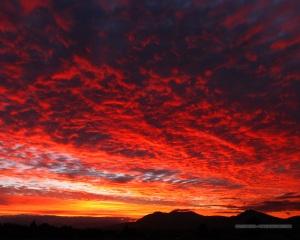 NZEL06_716-ciel-de-feu
