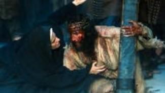 jim-caviezel-jesus-et-maia-morgenstern-marie-dans-le-film-la-passion-945029_1902