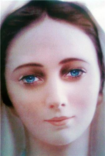 PHOTO ETONNANTE I-Grande-5364-image-du-visage-de-la-vierge-marie-de-medjugorje-a-l-unite.net
