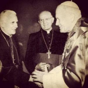 Extraits du livre «Le dernier exorciste - Mon combat contre Satan» Les_3_papes