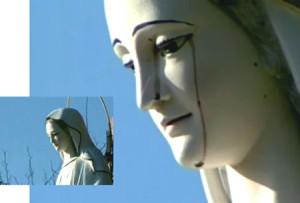 Italie une statue de la vierge marie pleure devant un stigmatis italien en calabre - Plante goutte de sang porte malheur ...