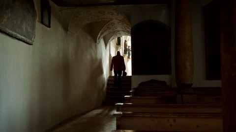 porte-calvary-art-pew-bad-toelz-chapel