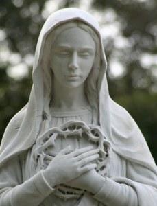 Marie prière couronne d'épines de Jésus