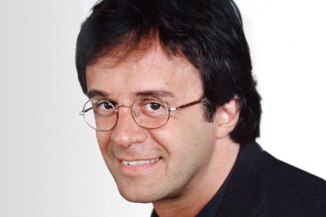 Réflexion de Stéphane Laporte (Québec) Comment il voit Pâques ?* Sacré congé *