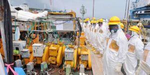 japondes-travailleurs-de-fukushima-charges-de_854f97ffd5cf6e5bc8bd4d0bb9295685