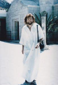 Attention à ne pas confondre la Toussaint et le jour des défunts  Jean_cara205