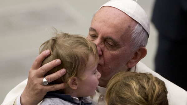 pape enfant guéri tumeur