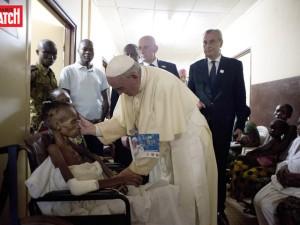 pape et les malades afrique2