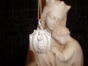 médaille Mère abandonnée