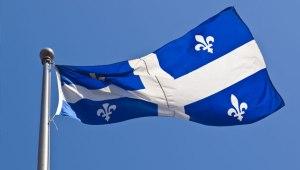drapeau_qc