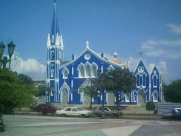 eglise-a-maracaibo
