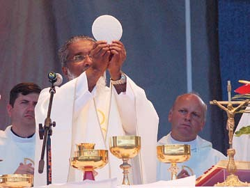 Retraite du Père James Manjackal en Martinique - Magnifique ! Pere-james-manjackal
