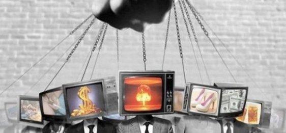 télévision marionnettes