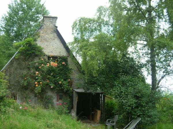 chalet-offre-vente-maison-187-200-eur-5-pieces-bagneres-de-bigorre-65-hautes-pyrenees-07-11-2012__a127705998