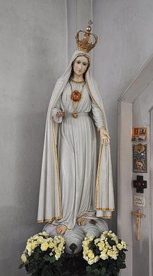 MARIE DE ZARO 220px-Pfärrich_Pfarrkirche_Marienstatue_aus_Fatima