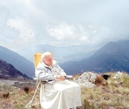 pape jean-paul II assis
