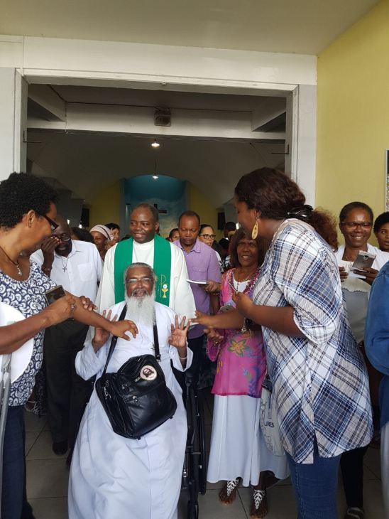 Retraite du Père James Manjackal en Martinique - Magnifique ! James-accueil