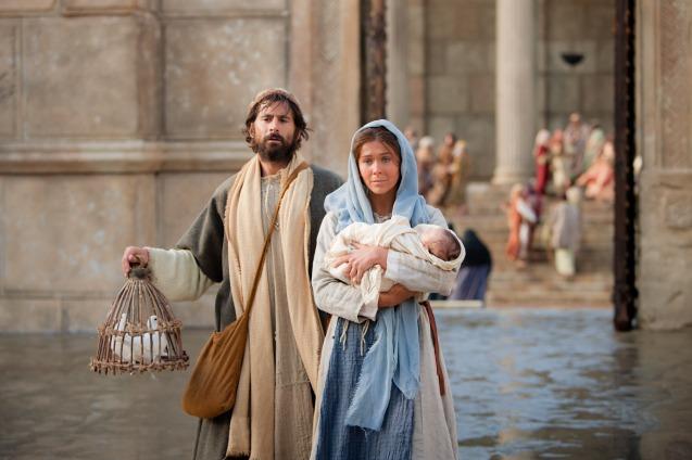 présentation jésus au temple mary-and-joseph-present-the-christ-child