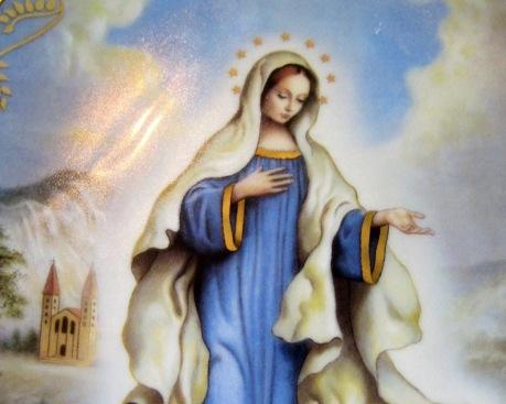 GOSPA Our-Lady-of-Medjugorje-4