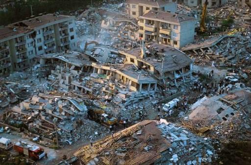 Tremblement_de_Terre___Golcuk