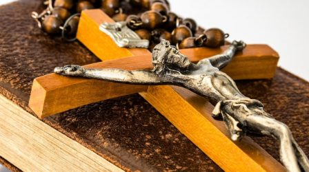 chapelet-croix-jesus-bible-750x420