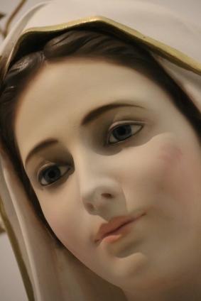 Les Temps sont urgents ! Le Père Michel Rodrigue explique La Tribulation, L'Église, L'Antéchrist Marie-medjugorje-portraitmary