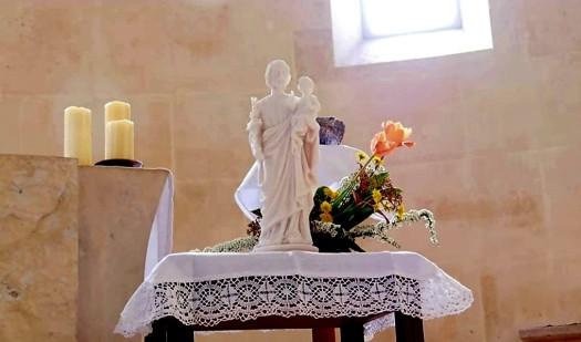 Luc 9:59-60 Suis-moi ... Laisse les morts ensevelir leurs morts ! Saint-joseph